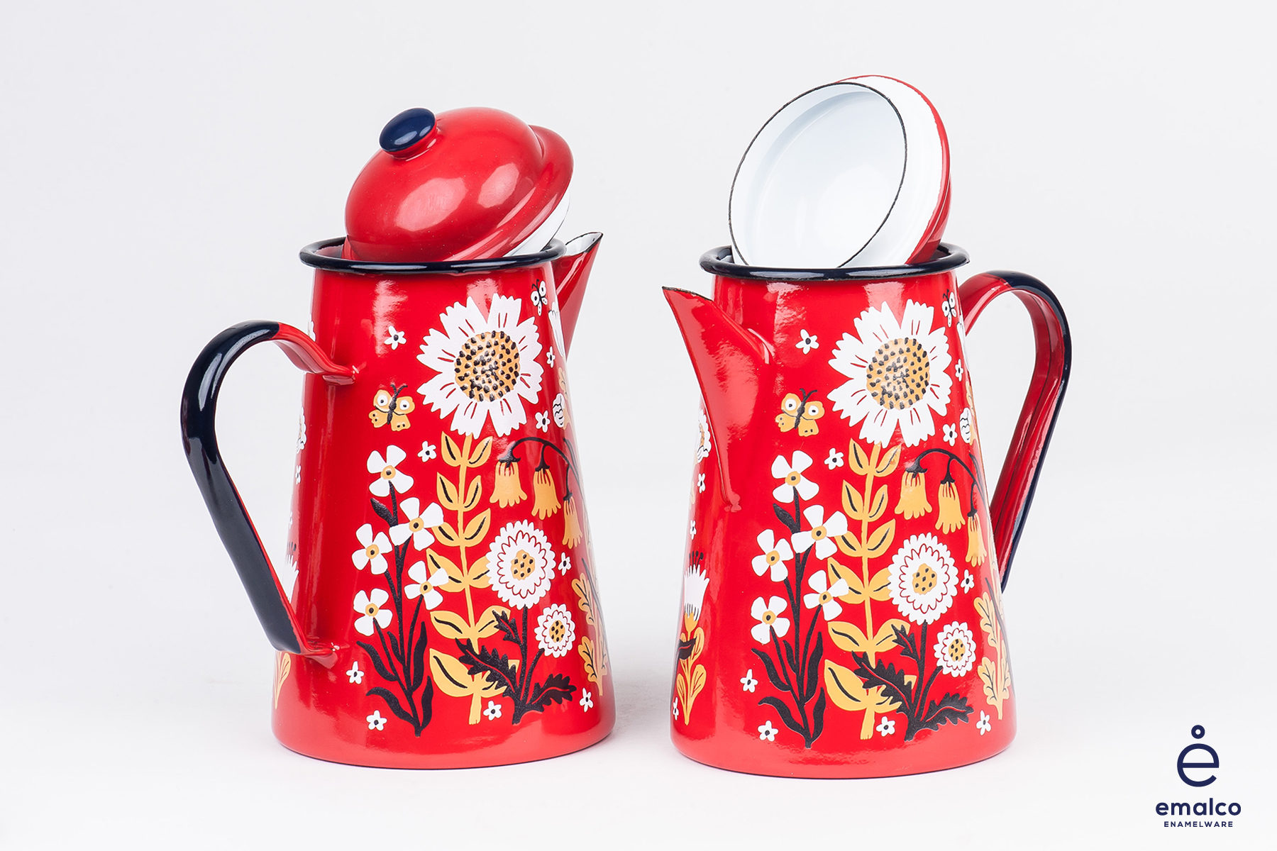 Phoebe Wahl - coffee pot - red 3